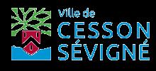Logo de la ville de Cesson-Sévigné. Affiche à gauche le blason de la ville et un arbre stylisé.