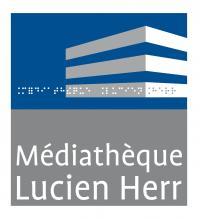 Le logo de la médiathèque Lucien Herr est une représentation stylisée de l'équipement, des lignes blanches sur fond bleu symbolisant les différents niveaux du bâtiment.