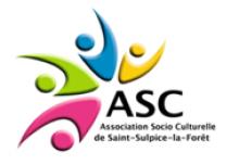 Logo de l'associaion socio culturelle de la ville. À gauche sont représentés des personnages stylisées en rose, vert, bleu et jaune