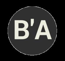 Initiales de Bib'Applis (lettres B et A séparés d'un apostrophe). Lettres stylisées blanches dasn cercle noir.