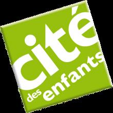 """carré vert pomme dans lequel est inscrit """"Cité des enfants"""""""