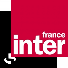Logo France Inter : un carré de couleur rouge chevauchant un carré de couleur noir