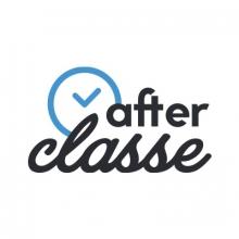 Logo Afterclasse : lettres bleues avec horloge sur fond blanc