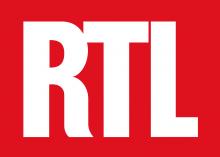 Logo RTL : lettres blanches stylisées sur fond rouge.
