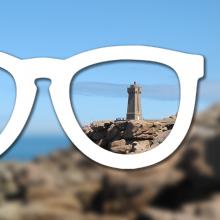 Phare breton vu au travers d'une lentille optique.